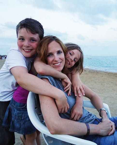Maureen met haar kinderen